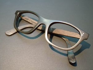 Lunetterie à Strasbourg - Montures et lunettes sur mesure